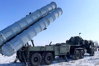 Rusia, la OTAN y Estados Unidos militarizan Europa del Este