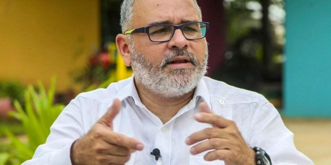 Fiscal General en contra del cuestionario para el expresidente Mauricio Funes