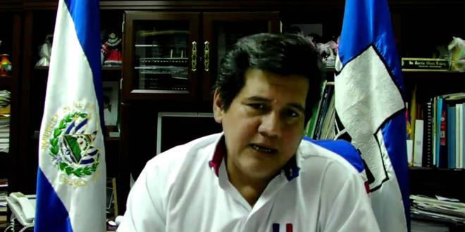 Alcalde de ARENA es acusado de enriquecimiento ilícito