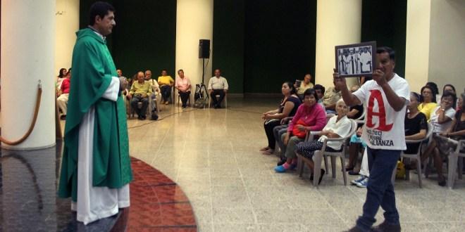 Monseñor Romero es el modelo a seguir para crear una sociedad diferente: Padre Mauricio Merino