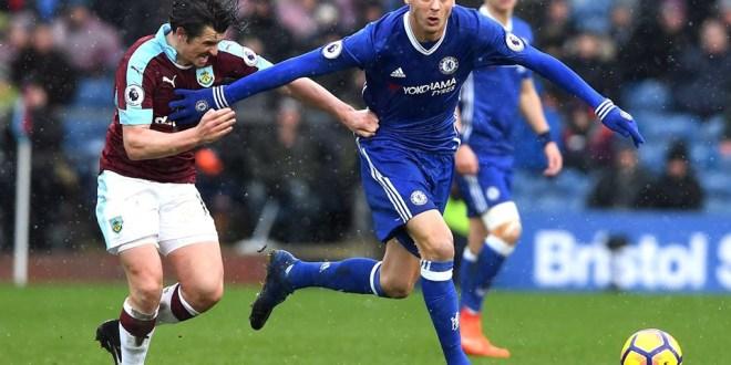 El Chelsea deja escapar dos puntos y Leicester sigue en caída libre