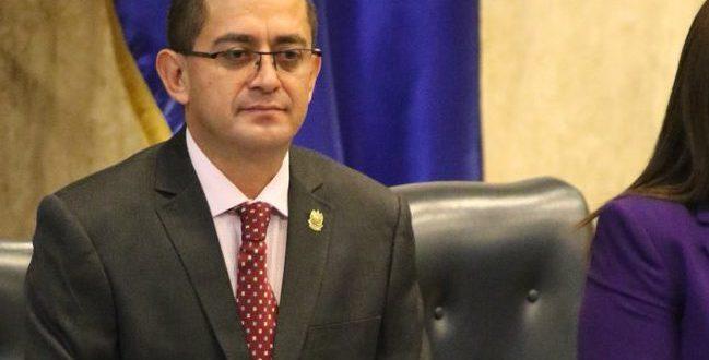 Reynaldo Cardoza es absuelto civilmente de enriquecimiento ilícito