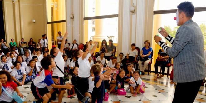 Niñez salvadoreña disfruta del tercer Festival de Literatura Infantil