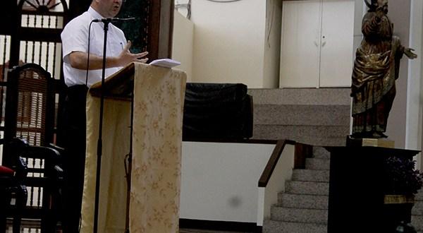"""Monseñor Romero: """"La iglesia denuncia cuando escucha el clamor del pueblo"""