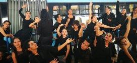 SITRAMSS es invadido por grupo de danza contemporánea