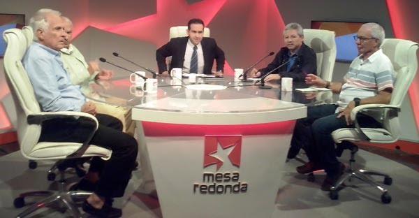 Escritor Walter Raudales participa en la Mesa Redonda de la televisión Cubana