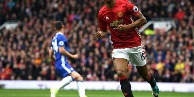 Chelsea pierde ante el United y pone  suspenso en la Premier League