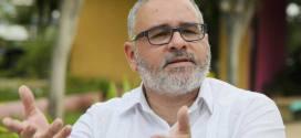Funes cuestiona la falta de investigación contra ex funcionarios de ARENA