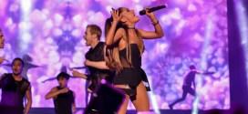 """Ariana Grande, una """"Artista  del Año"""" con una carrera meteórica"""