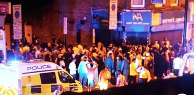 Un muerto y 10 heridos en un atentado contra una mezquita de Londres