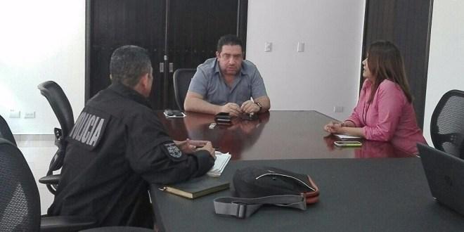 Allanan empresas y residencia del  ex presentador Jorge Hernández