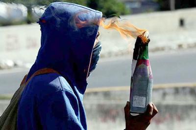 Detienen en Venezuela a vocero opositor con material explosivo