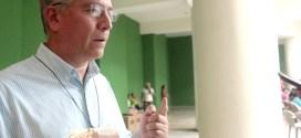 """""""El Cardenal Rosa Chávez tiene  todas las condiciones para liderar  un movimiento social"""""""