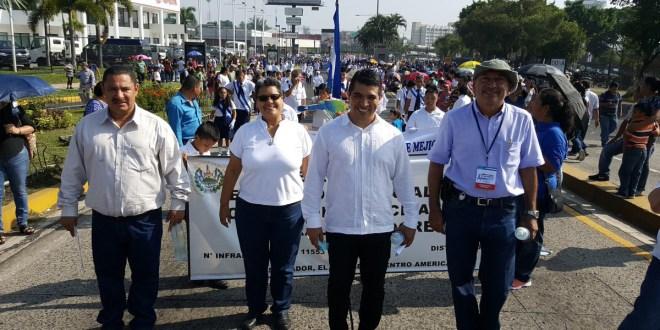 """Francisco Castaneda: """"estamos consolidando una democracia a través de un gobierno cercano a la gente"""""""