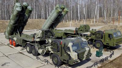 Turquía comprará sistemas antiaéreos S-400 a Rusia