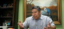 """Candidato a alcalde denuncia """"acuerdos oscuros"""" en Santa Tecla"""