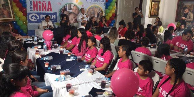 """""""La mayor parte del presupuesto está dedicada al desarrollo social"""": Sánchez Cerén"""