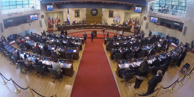 Decretan tres días de duelo por fallecimiento  de ex presidente Armando Calderón Sol
