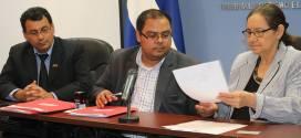 FMLN presenta ante TSE tres planillas de candidaturas a diputados