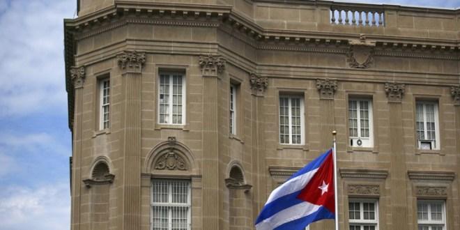 Estados Unidos ordena salida de 15 diplomáticos cubanos de Washington