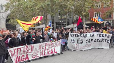 Independentistas catalanes provocan numerosos cortes de carreteras y ferrocarriles