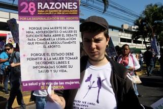 Exigen al Estado respetar las decisiones de las mujeres con relación al aborto. Foto Diario Co Latino/ Ludwin Vanegas.