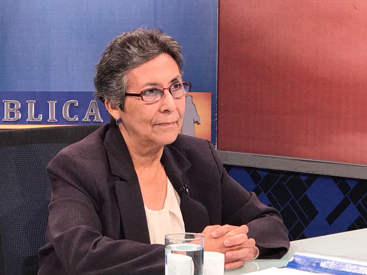 Abogada llama a izquierda a expresar solidaridad con Sigfrido Reyes