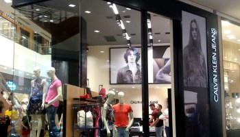 51ab8ac5e Calvin Klein Jeans inaugura no Balneário Shopping
