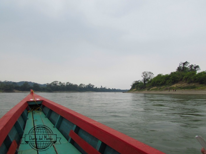 Yaxchilan boat