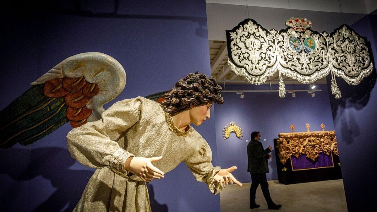 Exposición de estrenos en la sede de la Fundación Cajasol.