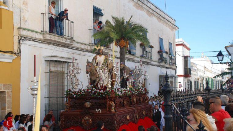 El paso de misterio de la hermandad de la Borriquita, de Puerto Real.