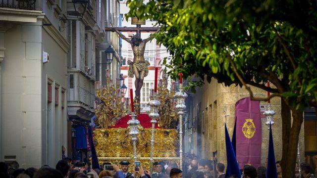 El Cristo de la Misericordia, por la calle Columela.