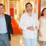Pedro Saura, José López y Ana Belén Castejón, en el Palacio Consistorial