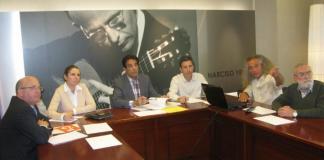 Pedro Garía informó a todos los grupos con representación parlamentaria en la Asamblea Regional de sus propuestas alternativas en El Estacio