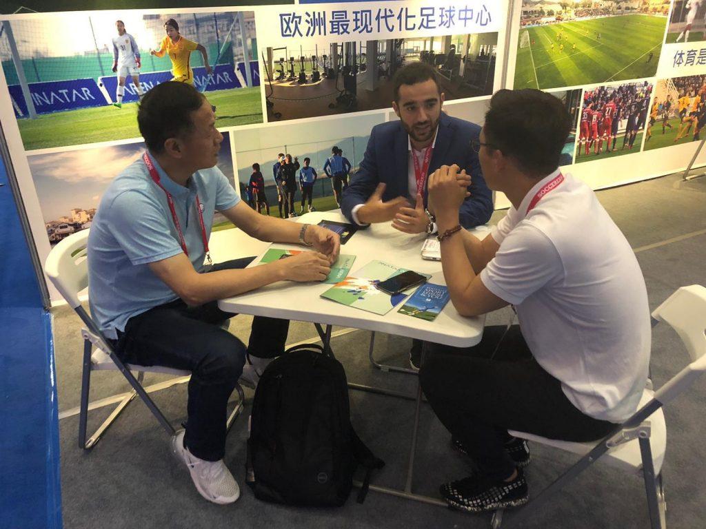 Turismo viaja a China para captar equipos de fútbol con destino a La Manga Club y Pinatar Arena