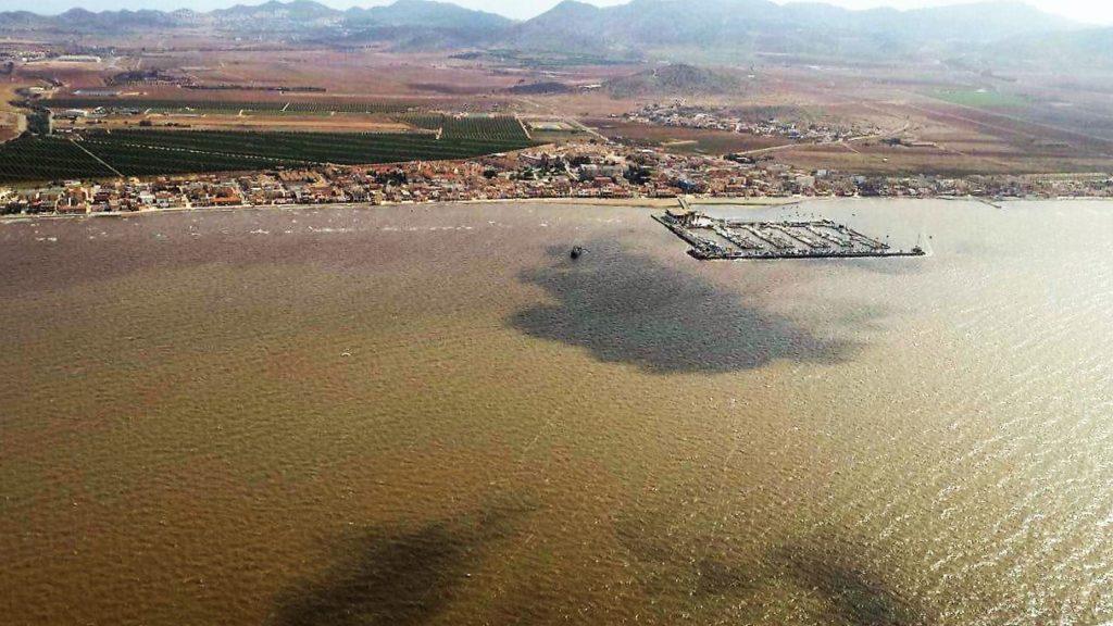 Pacto por el Mar Menor pone en duda que el deterioro de la laguna sea solo por «fluctuaciones primaverales»
