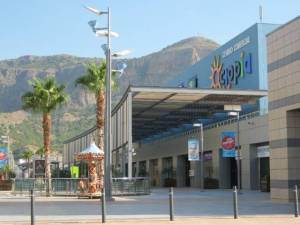 Los centros comerciales abren sus puertas el próximo lunes