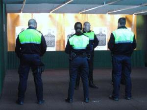 Orihuela aprueba el proyecto Reglamento de Armamento y Galería de Tiro de la Policía Local