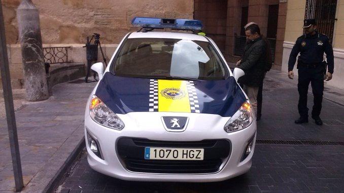 Coche Policía Callosa 14ene2014