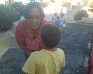 Los Vecinos de San Miguel de Salinas reclaman la atención sanitaria escolar para un niño con diabetes