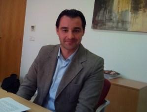 El alcalde de Torrevieja arremete contra la consellera Bravo tras dejarle fuera de la reunión sobre la gestión de las playas