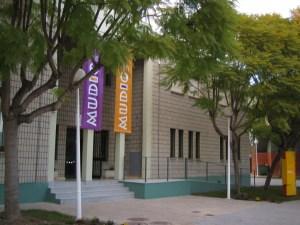 El Museo de Ciencias MUDIC de la UMH reabre sus puertas con el taller 'Buscando el Virus Invisible' y una visita guiada