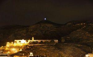 La Cruz de la Muela: diez años iluminando a la Vega Baja