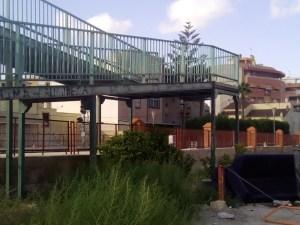 C's Callosa denuncia el mal estado de la pasarela de la Estación de Ferrocarriles