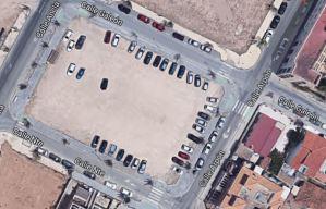 Remozan un aparcamiento en Torre de la Horadada