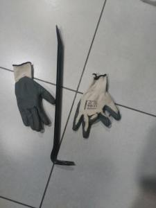Dos detenidos en Pilar de la Horadada tras ser sorprendidos con una televisión que acaban de robar en una vivienda