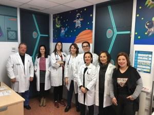 Las urgencias de Pediatría del Hospital Vega Baja sumergen a los niños en el espacio