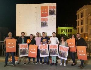 Compromís por Orihuela inicia la campaña con la tradicional pegada de carteles