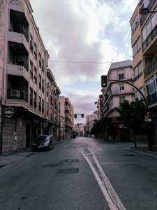 Comercios cerrados y parques precintados: El Estado de Alarma por el Coronavirus vacía las calles de Orihuela