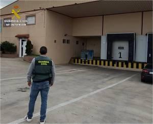 La Guardia Civil detiene a un hombre por la estafa en la compraventa de 61 toneladas de naranja en la Vega Baja